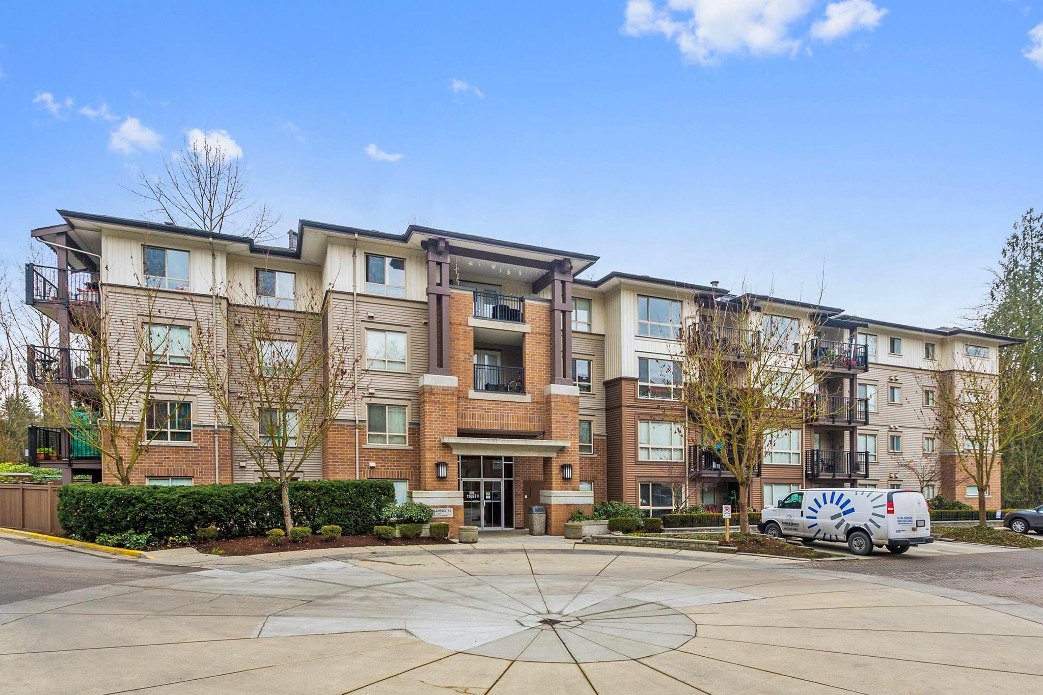 "Main Photo: 206 11667 HANEY Bypass in Maple Ridge: West Central Condo for sale in ""HANEY'S LANDING"" : MLS® # R2231665"