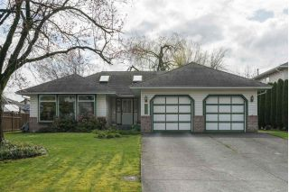 "Main Photo: 31458 CROSSLEY Place in Abbotsford: Abbotsford West House for sale in ""Crossley Park"" : MLS®# R2254695"