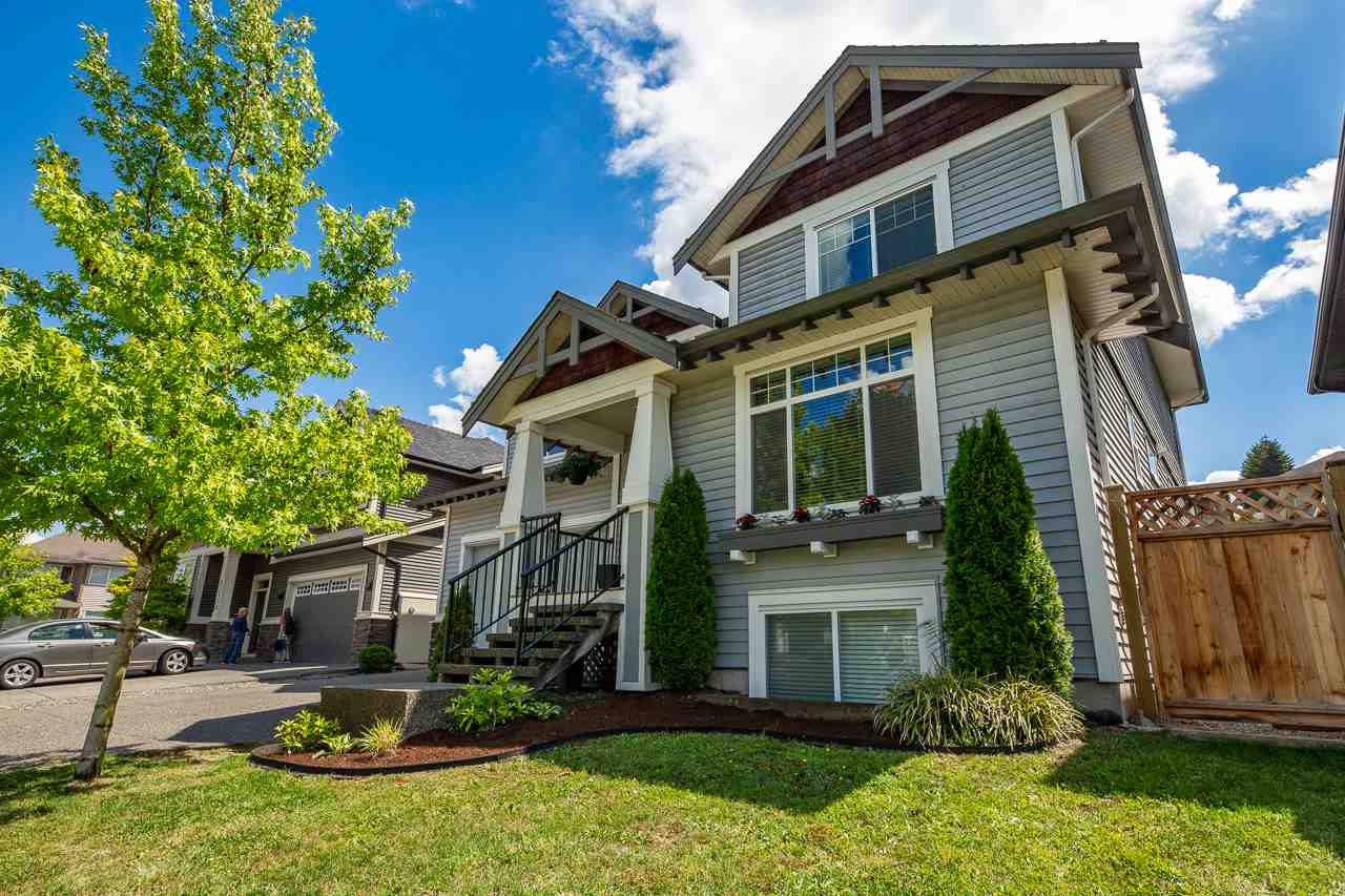FEATURED LISTING: 23966 MCCLURE Avenue Maple Ridge