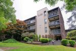 "Main Photo: 308 9857 MANCHESTER Drive in Burnaby: Cariboo Condo for sale in ""Barclay Woods"" (Burnaby North)  : MLS®# R2281560"