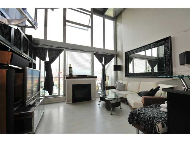 "Photo 2: 804 289 ALEXANDER Street in Vancouver: Hastings Condo for sale in ""THE EDGE"" (Vancouver East)  : MLS® # V900930"