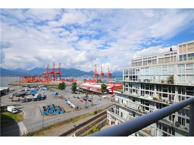 "Photo 4: 804 289 ALEXANDER Street in Vancouver: Hastings Condo for sale in ""THE EDGE"" (Vancouver East)  : MLS® # V900930"