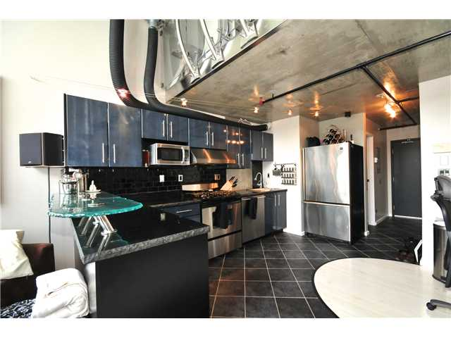 "Photo 5: 804 289 ALEXANDER Street in Vancouver: Hastings Condo for sale in ""THE EDGE"" (Vancouver East)  : MLS® # V900930"