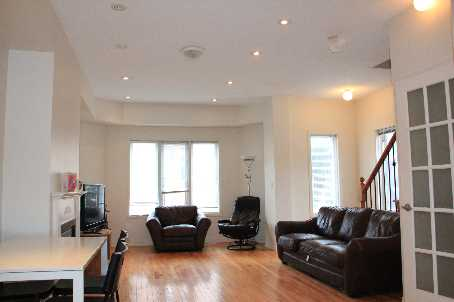 Photo 4: 10 Filmic Lane in Toronto: South Riverdale Freehold for sale (Toronto E01)  : MLS(r) # E2678584