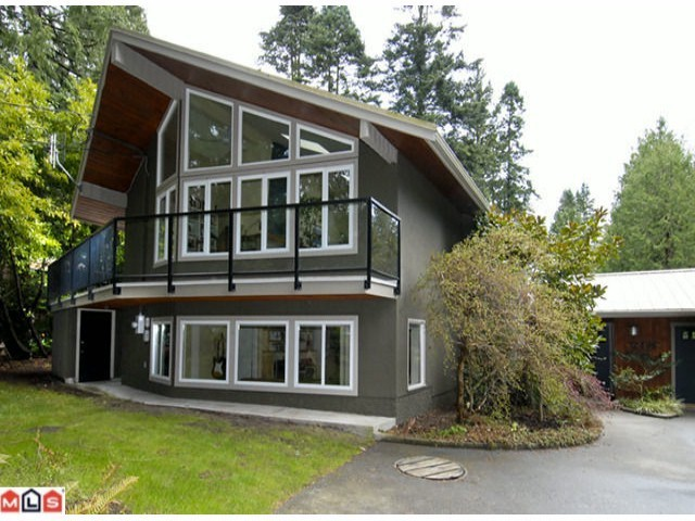 "Main Photo: 12496 23RD Avenue in Surrey: Crescent Bch Ocean Pk. House for sale in ""OCEAN PARK"" (South Surrey White Rock)  : MLS® # F1401127"