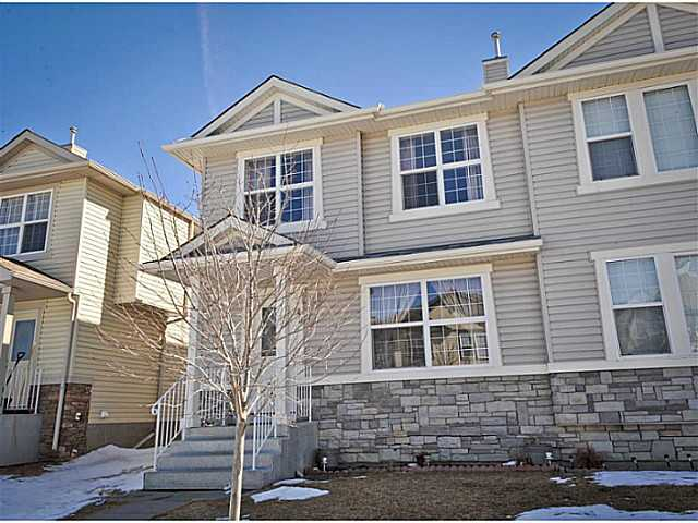 Main Photo: 40 SADDLEBROOK Place NE in CALGARY: Saddleridge Residential Attached for sale (Calgary)  : MLS® # C3608053