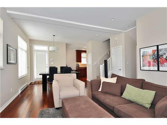 Photo 3: 85 W 15TH Avenue in Vancouver: Mount Pleasant VW Townhouse for sale (Vancouver West)  : MLS(r) # V1062875