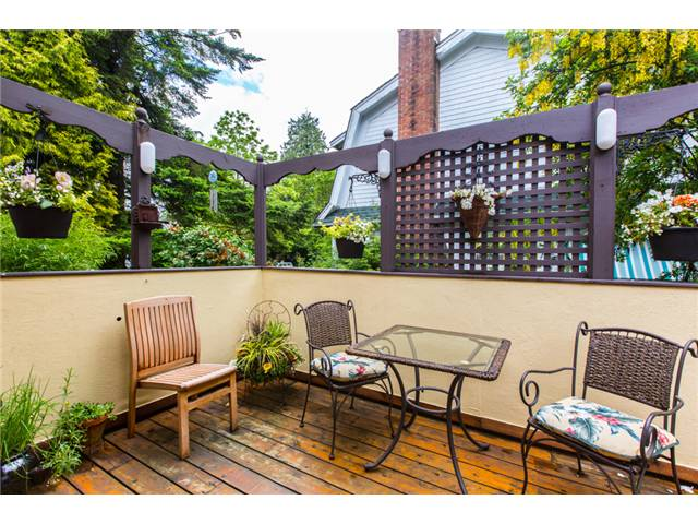 Photo 19: 122 FIFTH Avenue in New Westminster: Queens Park House for sale : MLS(r) # V1066689