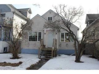 Main Photo:  in Edmonton: Zone 13 House for sale : MLS(r) # E3399907