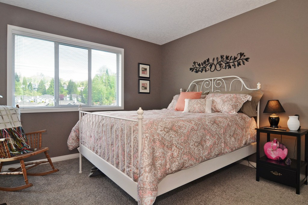"Photo 10: 147 4001 OLD CLAYBURN Road in Abbotsford: Abbotsford East Townhouse for sale in ""CEDAR SPRINGS"" : MLS(r) # F1439448"