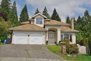 Main Photo: 2910 PAUL LAKE Court in Coquitlam: Coquitlam East House for sale : MLS(r) # V1123408