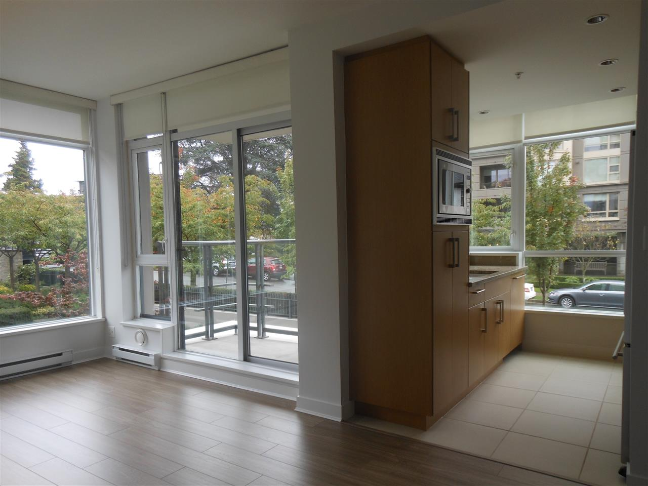"Photo 5: 207 1333 W 11TH Avenue in Vancouver: Fairview VW Condo for sale in ""SAKURA"" (Vancouver West)  : MLS® # R2006799"