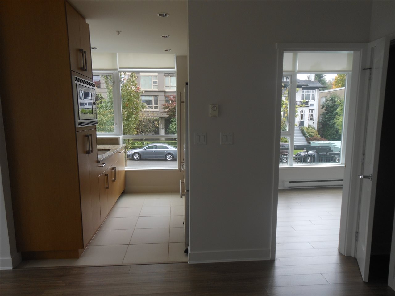"Photo 15: 207 1333 W 11TH Avenue in Vancouver: Fairview VW Condo for sale in ""SAKURA"" (Vancouver West)  : MLS® # R2006799"