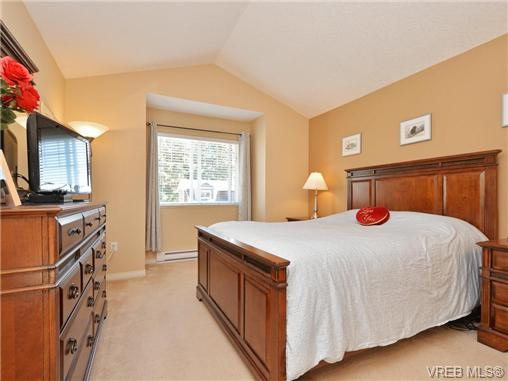 Photo 5: 3424 Pattison Way in VICTORIA: Co Triangle Single Family Detached for sale (Colwood)  : MLS® # 363484