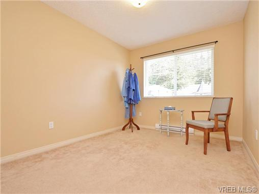 Photo 8: 3424 Pattison Way in VICTORIA: Co Triangle Single Family Detached for sale (Colwood)  : MLS® # 363484