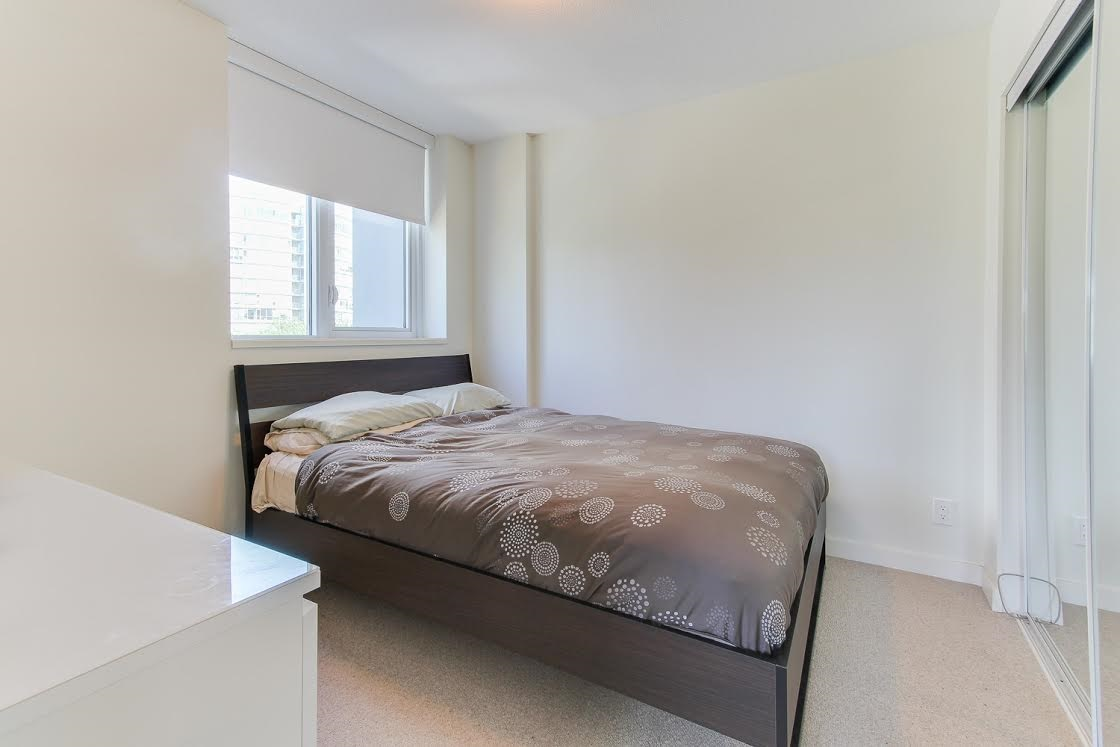 "Photo 9: 802 1009 HARWOOD Street in Vancouver: West End VW Condo for sale in ""MODERN"" (Vancouver West)  : MLS(r) # R2075325"