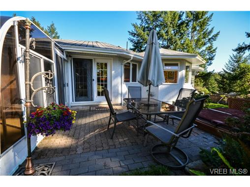 Photo 14: 121 Rockcliffe Place in VICTORIA: La Thetis Heights Single Family Detached for sale (Langford)  : MLS(r) # 366635