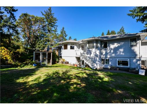 Photo 13: 121 Rockcliffe Place in VICTORIA: La Thetis Heights Single Family Detached for sale (Langford)  : MLS® # 366635
