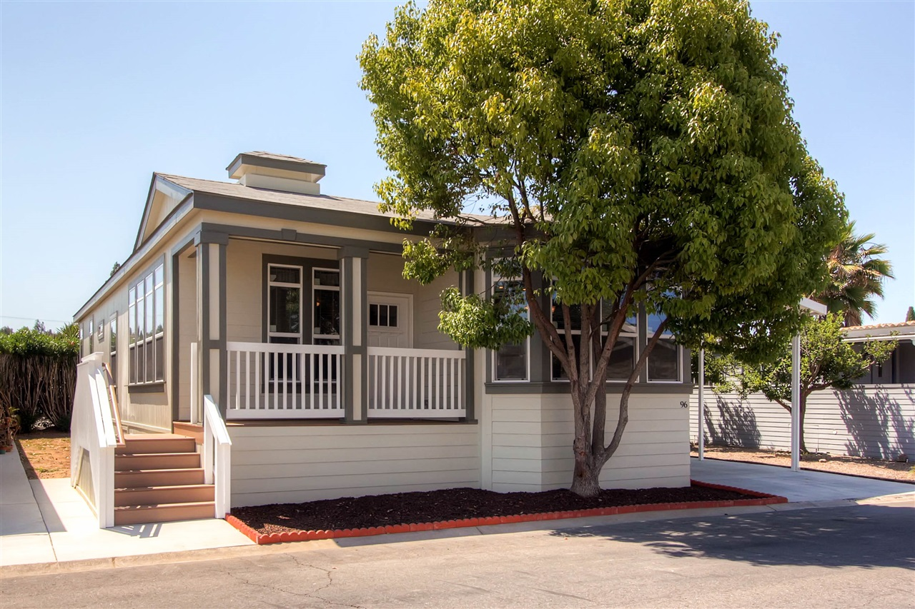 Main Photo: SOUTH ESCONDIDO Manufactured Home for sale : 2 bedrooms : 1001 S Hale Ave. #96 in Escondido