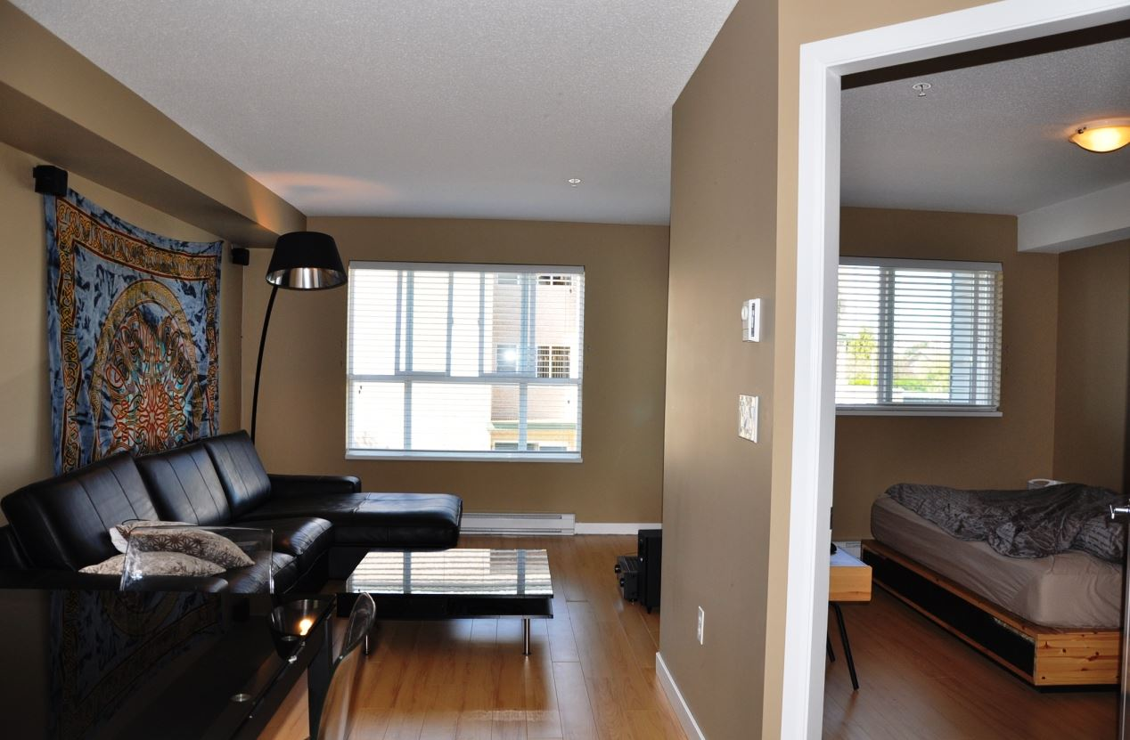 "Photo 3: 203 5465 203 Street in Langley: Langley City Condo for sale in ""STATION 54"" : MLS(r) # R2100862"