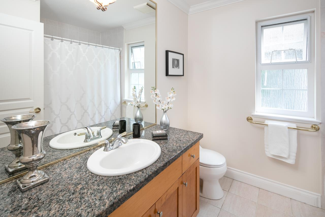 Photo 13: 1819 CREELMAN Avenue in Vancouver: Kitsilano House 1/2 Duplex for sale (Vancouver West)  : MLS® # R2120569