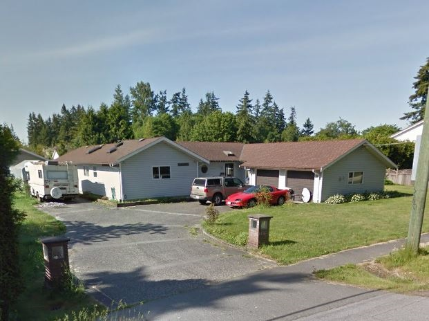 Photo 1: 13930 20 Avenue in Surrey: Elgin Chantrell House for sale (South Surrey White Rock)  : MLS(r) # R2135356