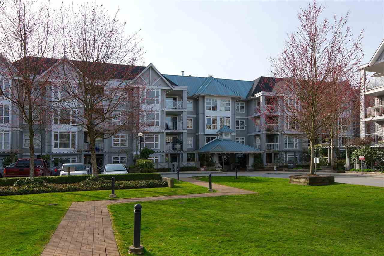 "Main Photo: 212 3136 ST JOHNS Street in Port Moody: Port Moody Centre Condo for sale in ""SONRISA"" : MLS® # R2152115"