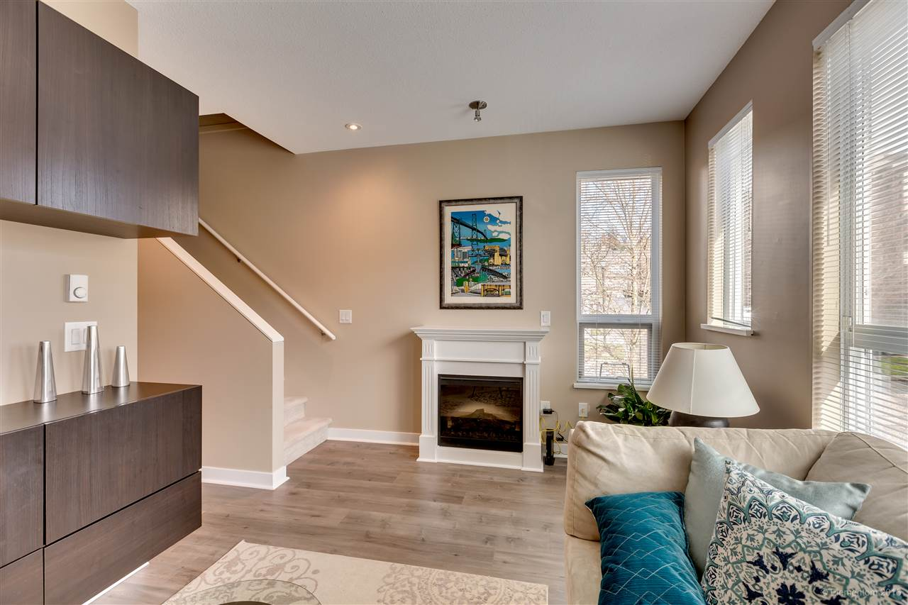 "Photo 9: 116 1460 SOUTHVIEW Street in Coquitlam: Burke Mountain Townhouse for sale in ""CEDAR CREEK"" : MLS(r) # R2155747"