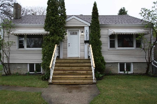 Main Photo: 10469 144 Street in Edmonton: Zone 21 House for sale : MLS(r) # E4064007