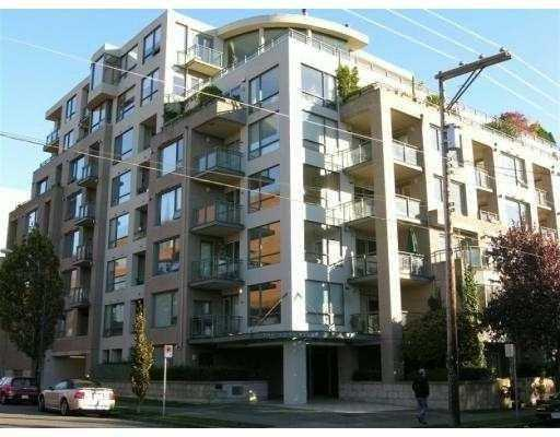 "Main Photo: 1878 YORK Ave in Vancouver: Kitsilano Townhouse for sale in ""YORKVILLE"" (Vancouver West)  : MLS®# V626636"