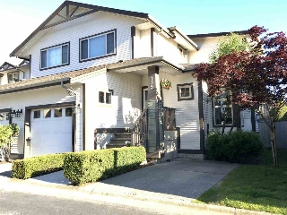 "Main Photo: 135 20820 87 Avenue in Langley: Walnut Grove Townhouse for sale in ""Sycamores"" : MLS® # R2170525"