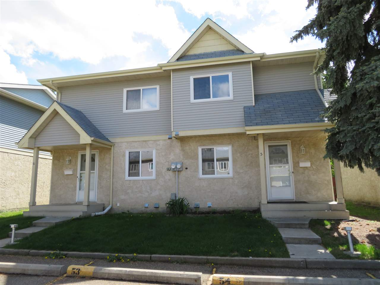 Main Photo: 5 9619 180 Street in Edmonton: Zone 20 Townhouse for sale : MLS(r) # E4067545