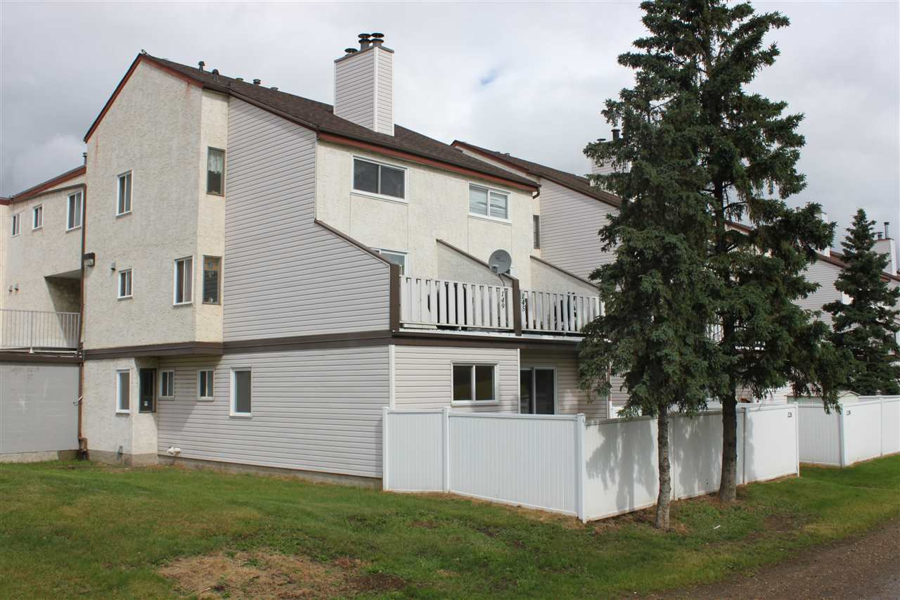 Main Photo: 126 Lancaster Terrace NW in Edmonton: Zone 27 Townhouse for sale : MLS(r) # E4071446
