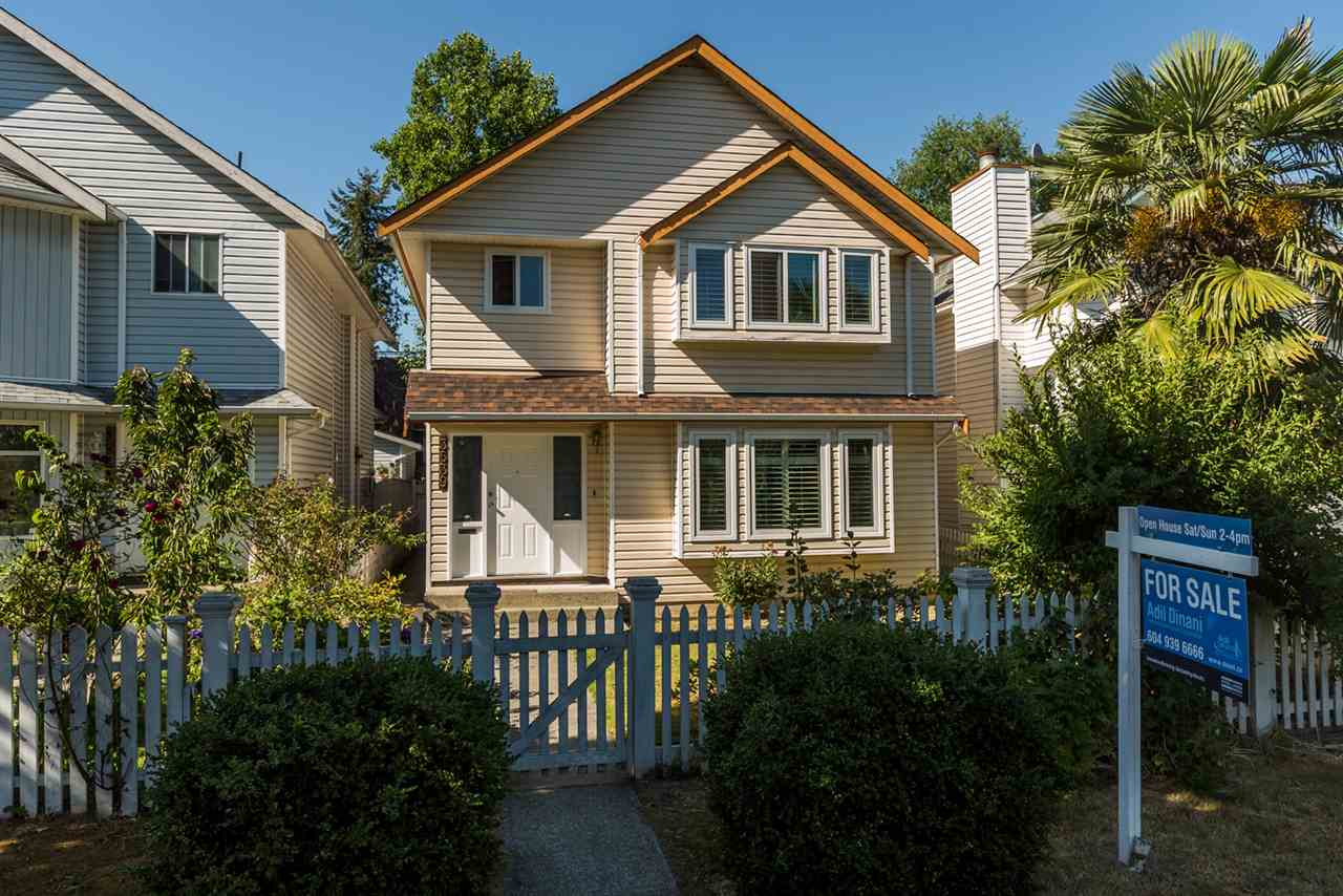 Main Photo: 3539 NAPIER Street in Vancouver: Renfrew VE House for sale (Vancouver East)  : MLS®# R2191572