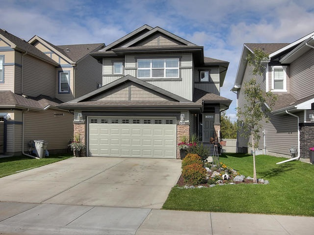 Main Photo: 109 BRICKYARD Place: Stony Plain House for sale : MLS® # E4078540