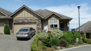"Main Photo: 18 43777 CHILLIWACK MOUNTAIN Road in Chilliwack: Chilliwack Mountain Townhouse for sale in ""WESTPOINTE"" : MLS® # R2204869"