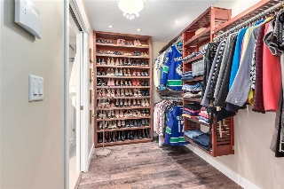 Imagine how organized you would be with all of this closet space!