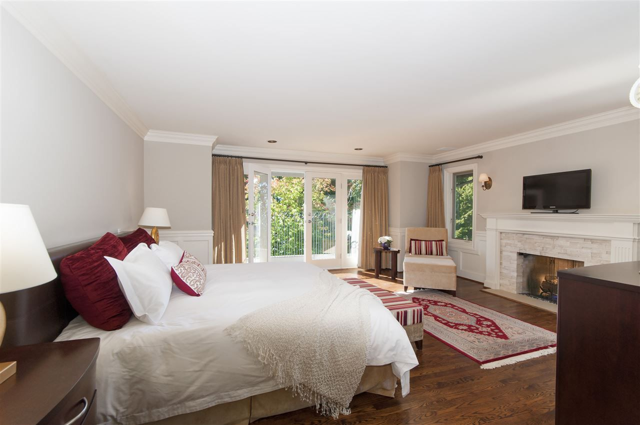 Photo 13: Photos: 4149 COVENTRY Way in North Vancouver: Upper Lonsdale House for sale : MLS® # R2212563