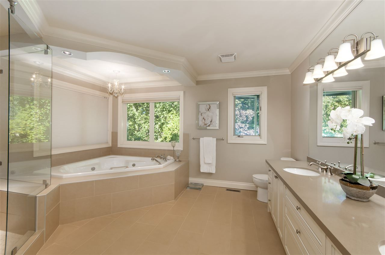 Photo 15: Photos: 4149 COVENTRY Way in North Vancouver: Upper Lonsdale House for sale : MLS® # R2212563