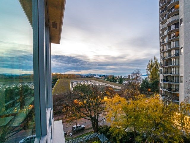 "Main Photo: 605 1005 BEACH Avenue in Vancouver: West End VW Condo for sale in ""ALVAR"" (Vancouver West)  : MLS® # R2226769"