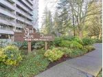 "Main Photo: 408 4134 MAYWOOD Street in Burnaby: Metrotown Condo for sale in ""PARK AVENUE TOWERS"" (Burnaby South)  : MLS® # R2227939"