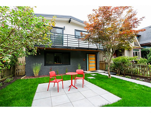 "Photo 2: 2116 E 19TH Avenue in Vancouver: Grandview VE House for sale in ""TROUT LAKE"" (Vancouver East)  : MLS® # V1088233"