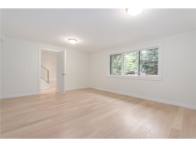 "Photo 15: 2116 E 19TH Avenue in Vancouver: Grandview VE House for sale in ""TROUT LAKE"" (Vancouver East)  : MLS® # V1088233"
