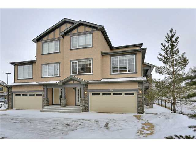 Main Photo: 302 10 DISCOVERY RIDGE Hill(S) SW in Calgary: Discovery Ridge House for sale : MLS(r) # C3655736