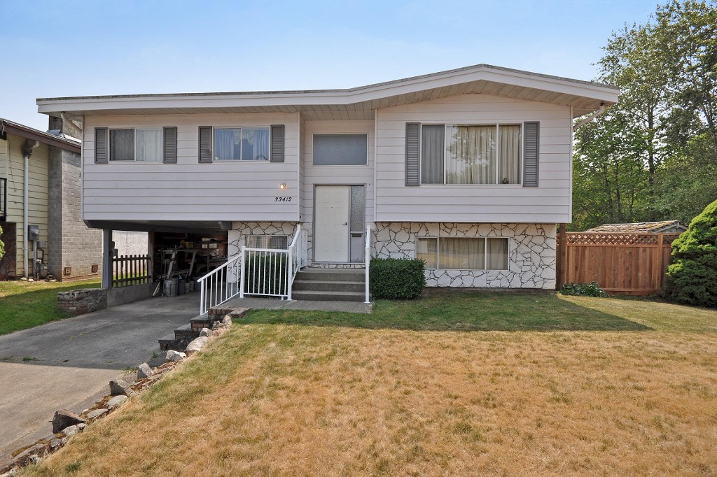 Main Photo: 33412 KILDARE Terrace in Abbotsford: Poplar House for sale : MLS® # F1446699