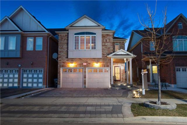 Main Photo: 413 Acumen Court in Mississauga: Meadowvale Village House (2-Storey) for sale : MLS® # W3451154