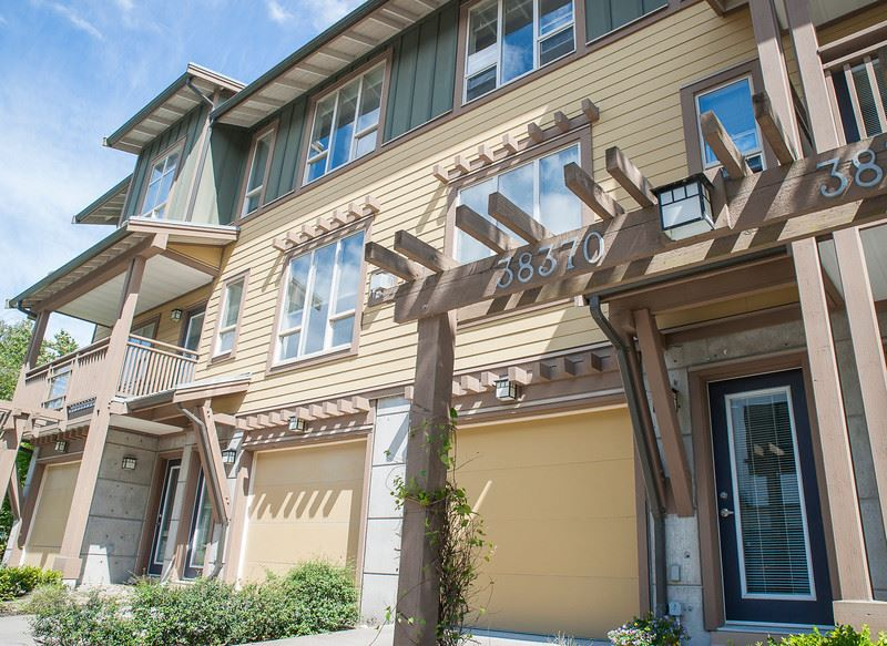 "Photo 16: 38370 EAGLEWIND Boulevard in Squamish: Downtown SQ Townhouse for sale in ""Eaglewind"" : MLS(r) # R2075883"