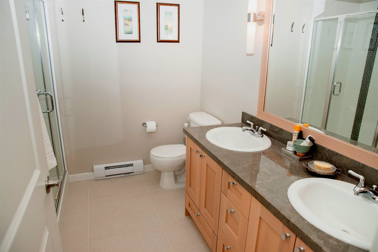 double sinks and double shower! NICE!
