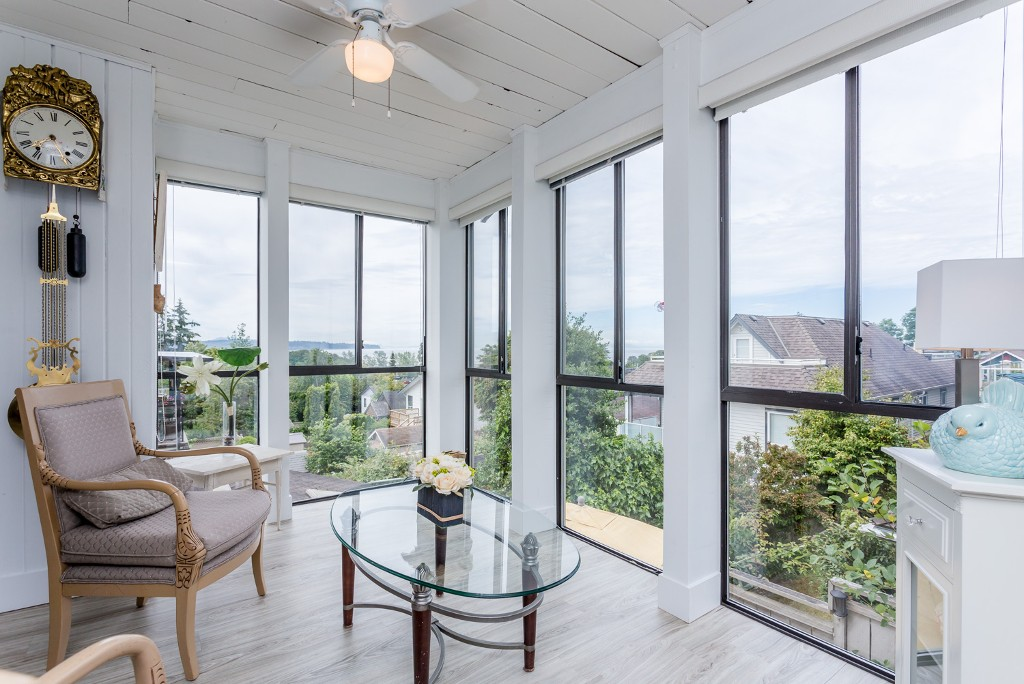 Main Photo: 959 STAYTE Road: White Rock House for sale (South Surrey White Rock)  : MLS® # R2082821