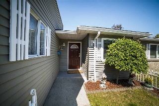 "Main Photo: 12 6320 48A Avenue in Delta: Holly Townhouse for sale in ""GARDEN ESTATES"" (Ladner)  : MLS® # R2086164"